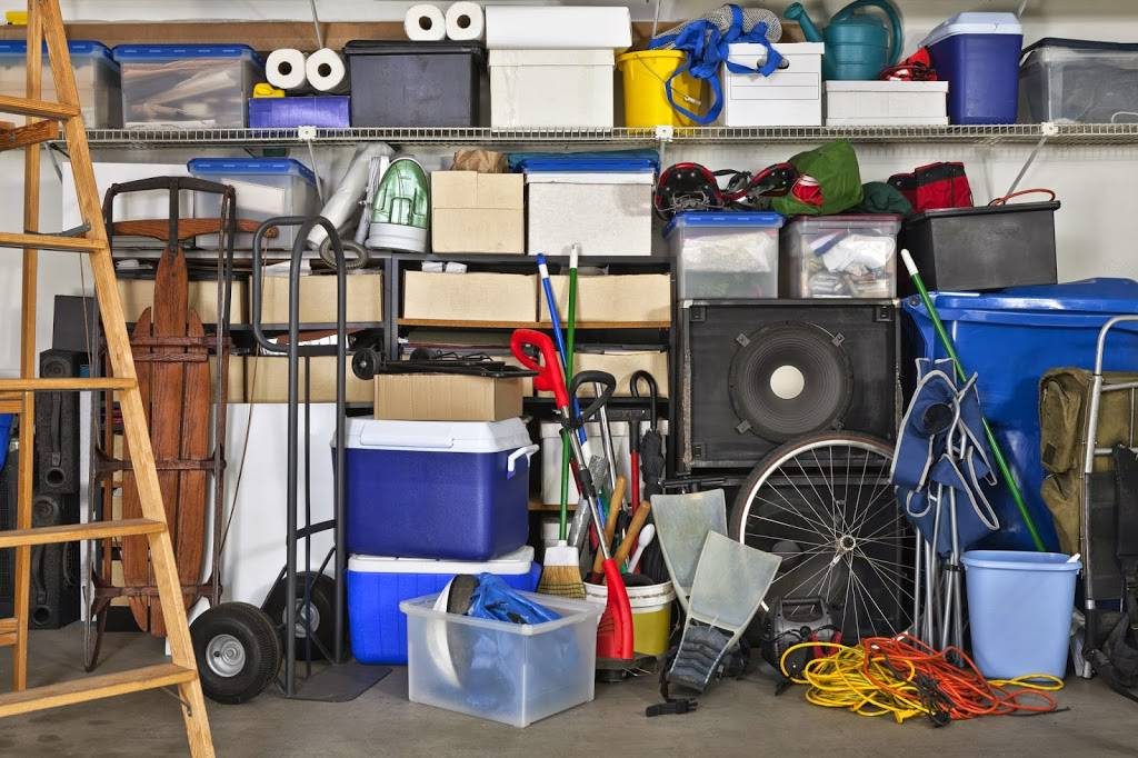 Comment bien ranger son garage quand louer un box de for Location box garage agde