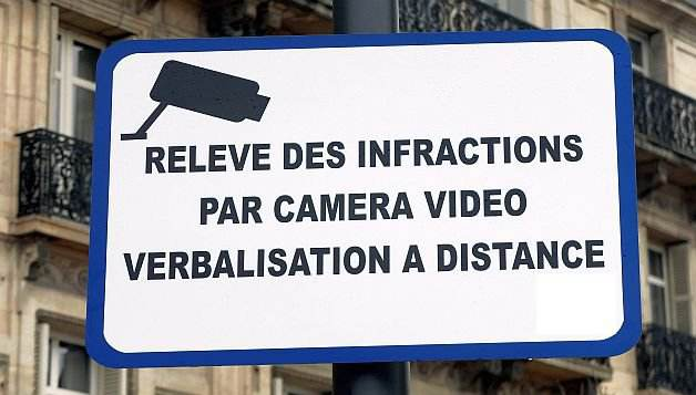 Vous d m nagez attention la vid o verbalisation for Location garde meuble marseille